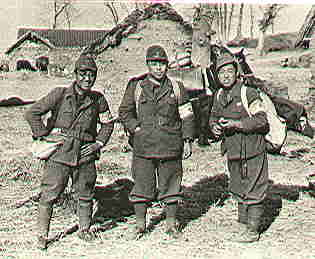 日本戦場カメラマン服装考