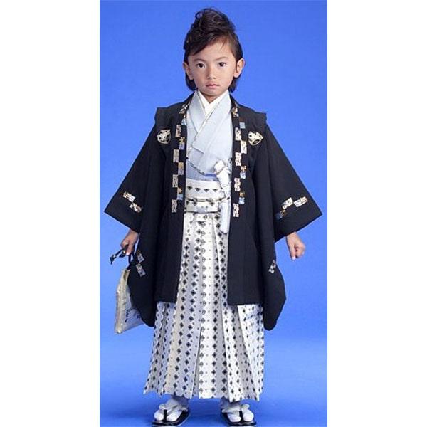 七五三|五歳|ひさかたろまんブランド|着物:淡いグレー・羽織:黒地金糸|柄袴|No.555